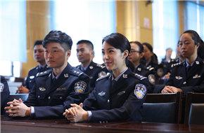 祎萌时代联合顶尖团队 电影《芒刺在吻》火热
